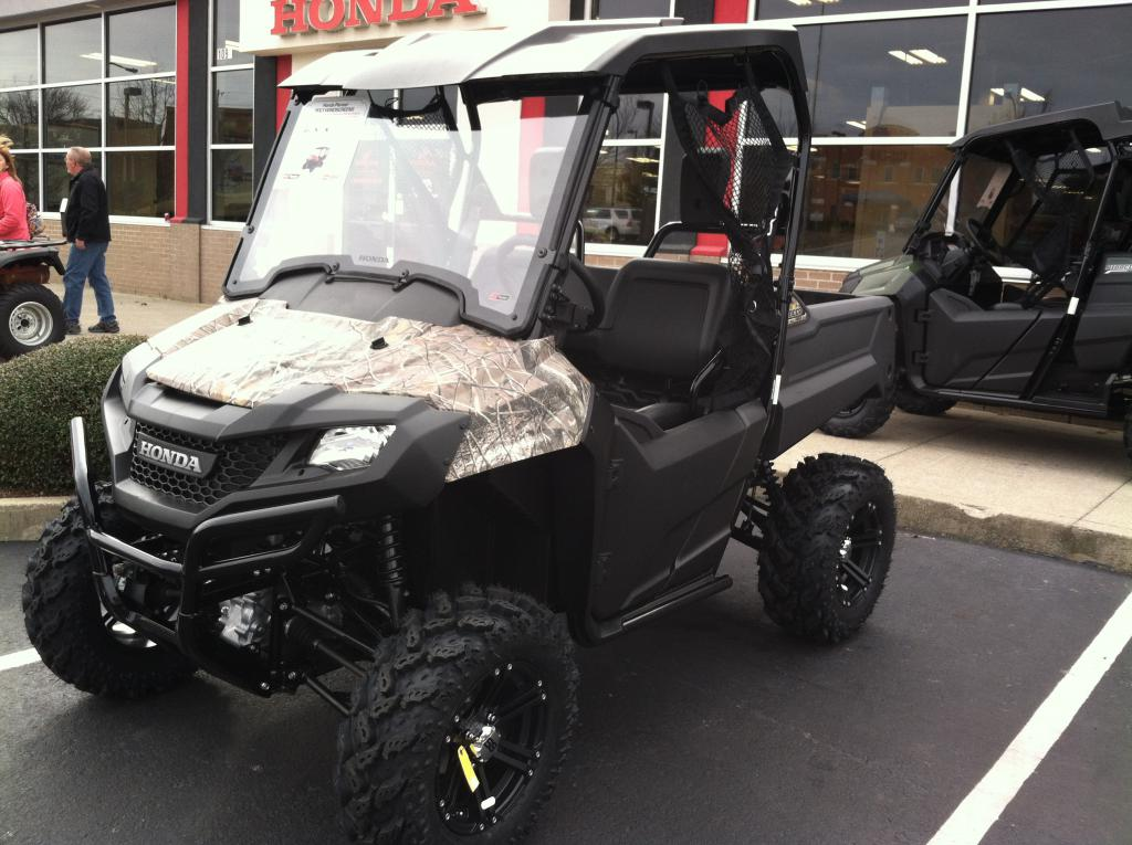Middle Tennessee New 2014 Pioneer 700